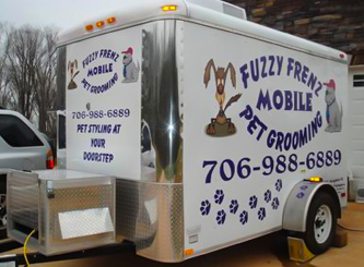 Fuzzy-Frenz-Mobile-Pet-Grooming
